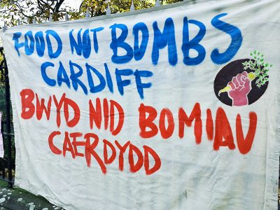 Food Not Bombs Cardiff, Banner, Welsh