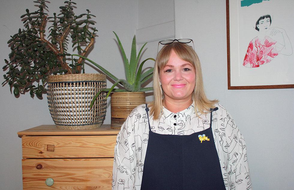 Leah Thomas founder of FLO Feminist Book Club