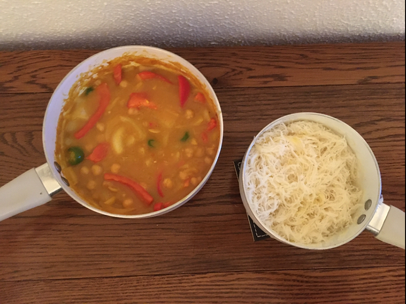 Vegetable curry and vermicelli